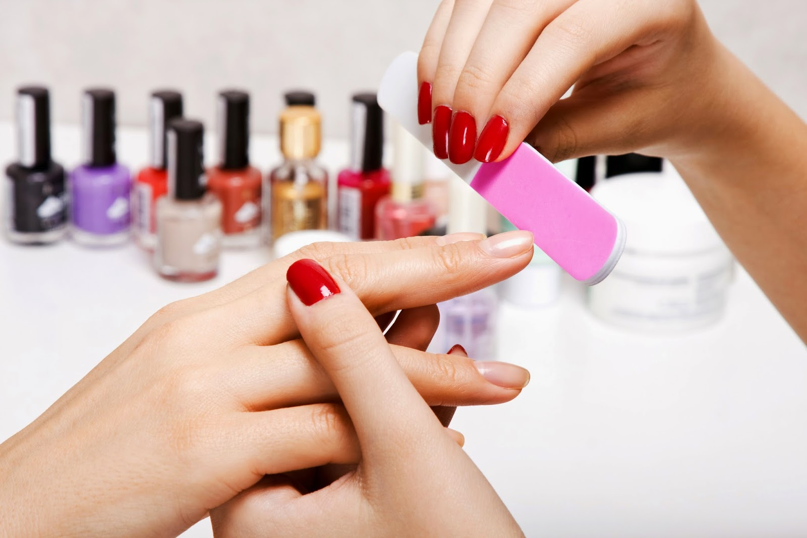 Learn nail technician home